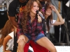 miley-cyrus-performs-on-good-morning-america-09