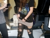 miley-cyrus-ripped-leggings-candids-in-hollywood-08