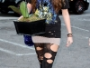 miley-cyrus-ripped-leggings-candids-in-hollywood-09