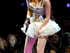 miley-cyrus-wonder-world-tour-performance-in-miami-04