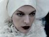 milla-jovovich-harpers-bazaar-russia-magazine-september-2009-mq-12