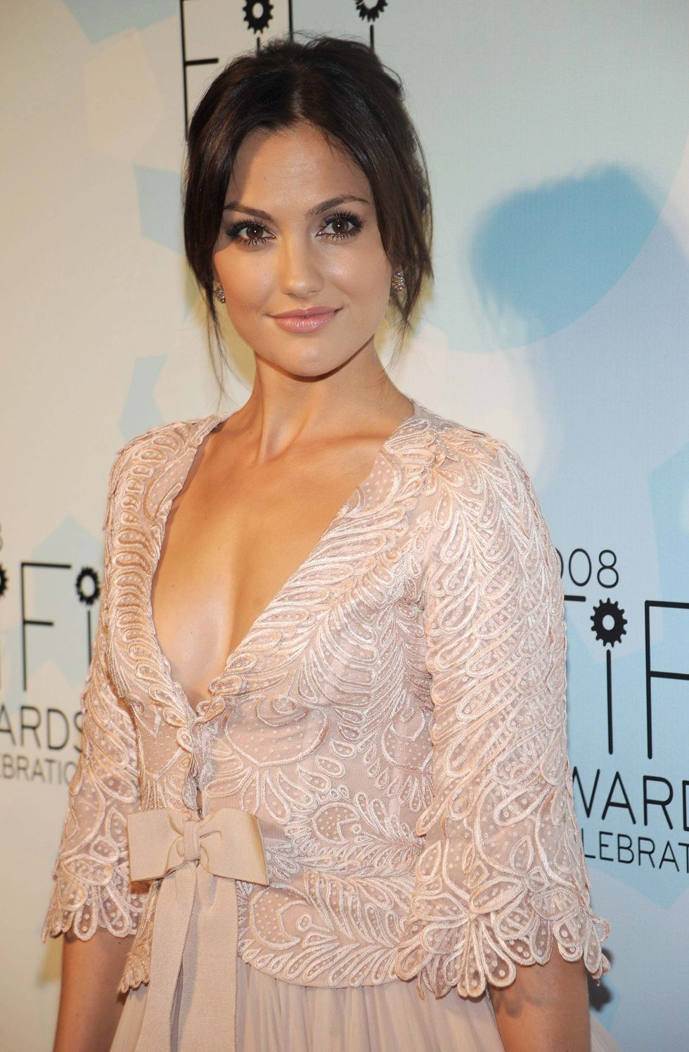 minka-kelly-36-annual-fifi-awards-in-new-york-city-08
