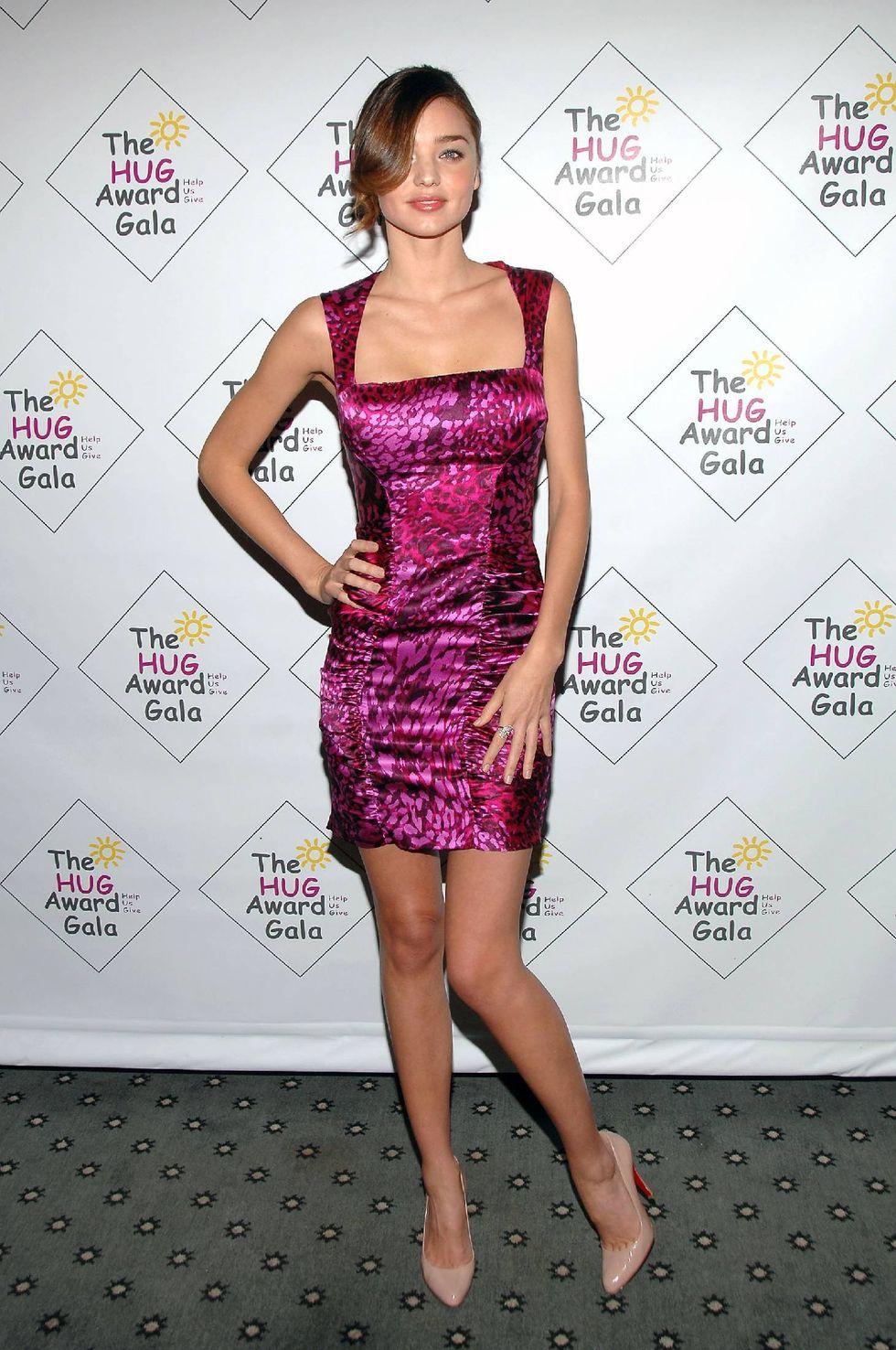 miranda-kerr-2009-hug-award-gala-in-new-york-01