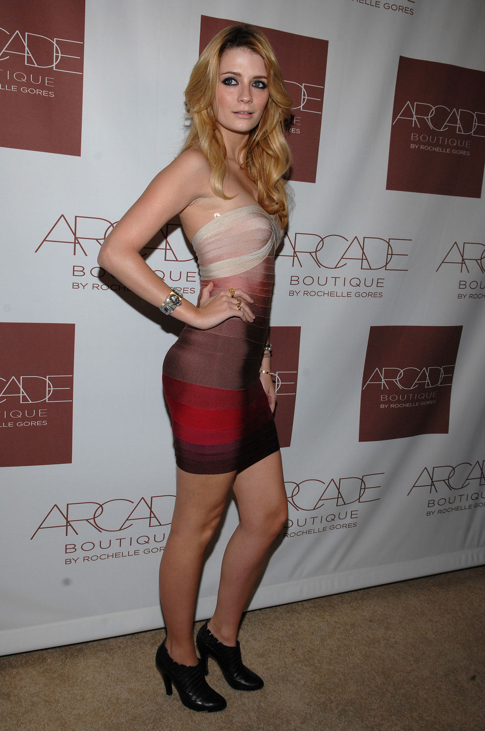 mischa-barton-arcade-boutique-grand-opening-in-los-angeles-01