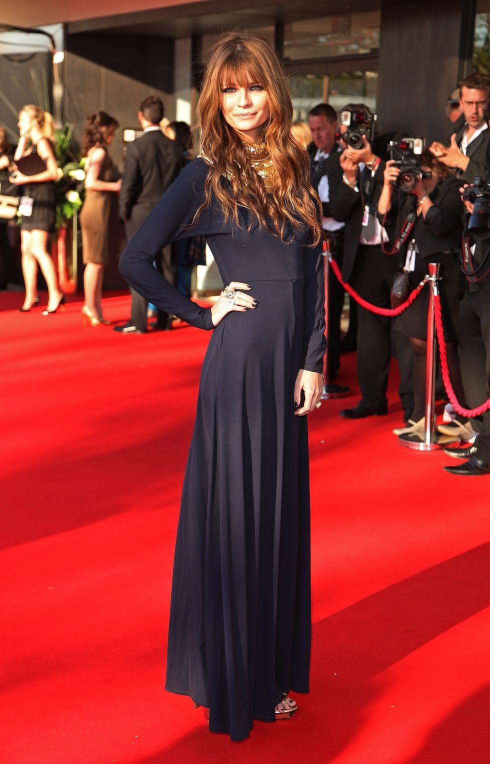 mischa-barton-bafta-television-awards-2009-in-london-01