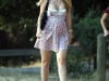 mischa-barton-cleavage-candids-at-the-park-05