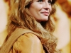 mischa-barton-closing-the-ring-press-conference-in-tokyo-05