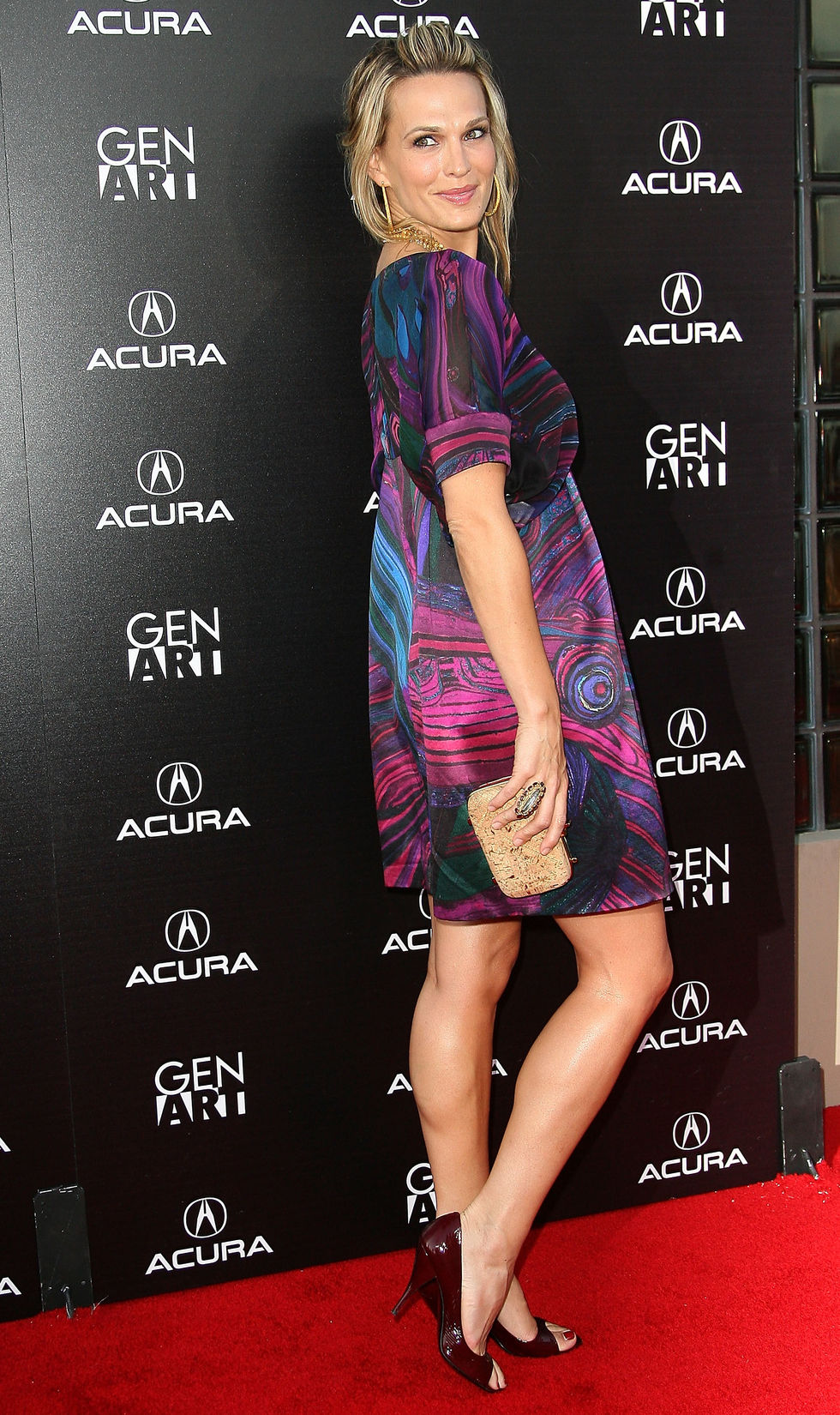 molly-sims-capture-the-night-photography-exhibition-in-los-angeles-08