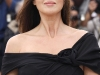 monica-bellucci-une-histoire-italienne-photocall-in-cannes-05