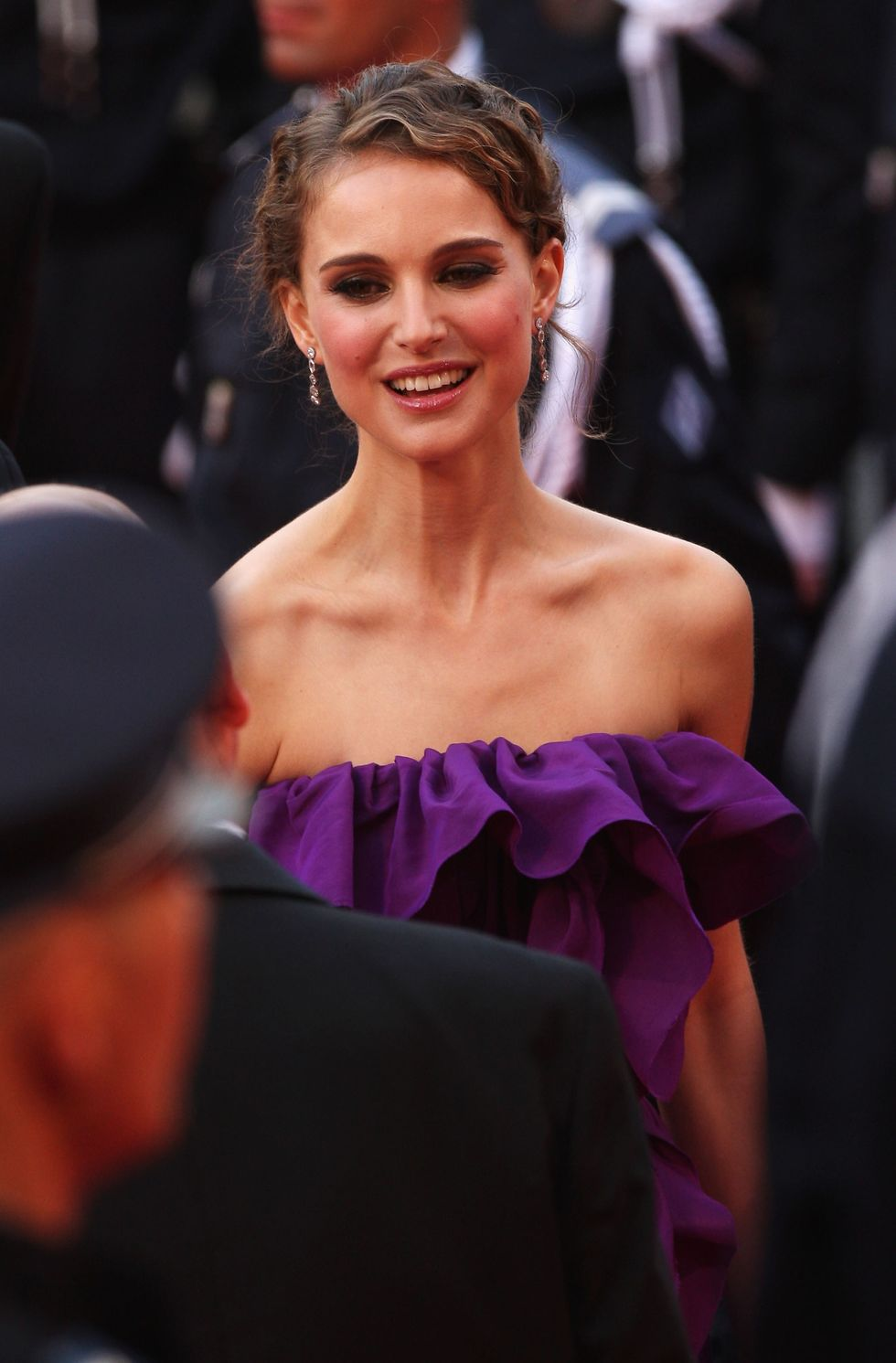 natalie-portman-61st-cannes-film-festival-opening-ceremony-01