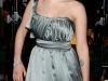 natalie-portman-and-scarlett-johansson-the-other-boleyn-girl-premiere-in-london-09