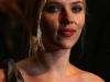 natalie-portman-and-scarlett-johansson-the-other-boleyn-girl-premiere-in-london-10