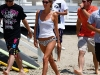 nicky-hilton-on-the-beach-in-malibu-09