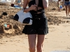 paris-and-nicky-hilton-candids-at-maui-beach-in-hawaii-05