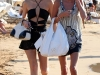 paris-and-nicky-hilton-candids-at-maui-beach-in-hawaii-06