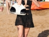 paris-and-nicky-hilton-candids-at-maui-beach-in-hawaii-12