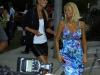 paris-hilton-and-nicky-hilton-candids-in-hollywood-02