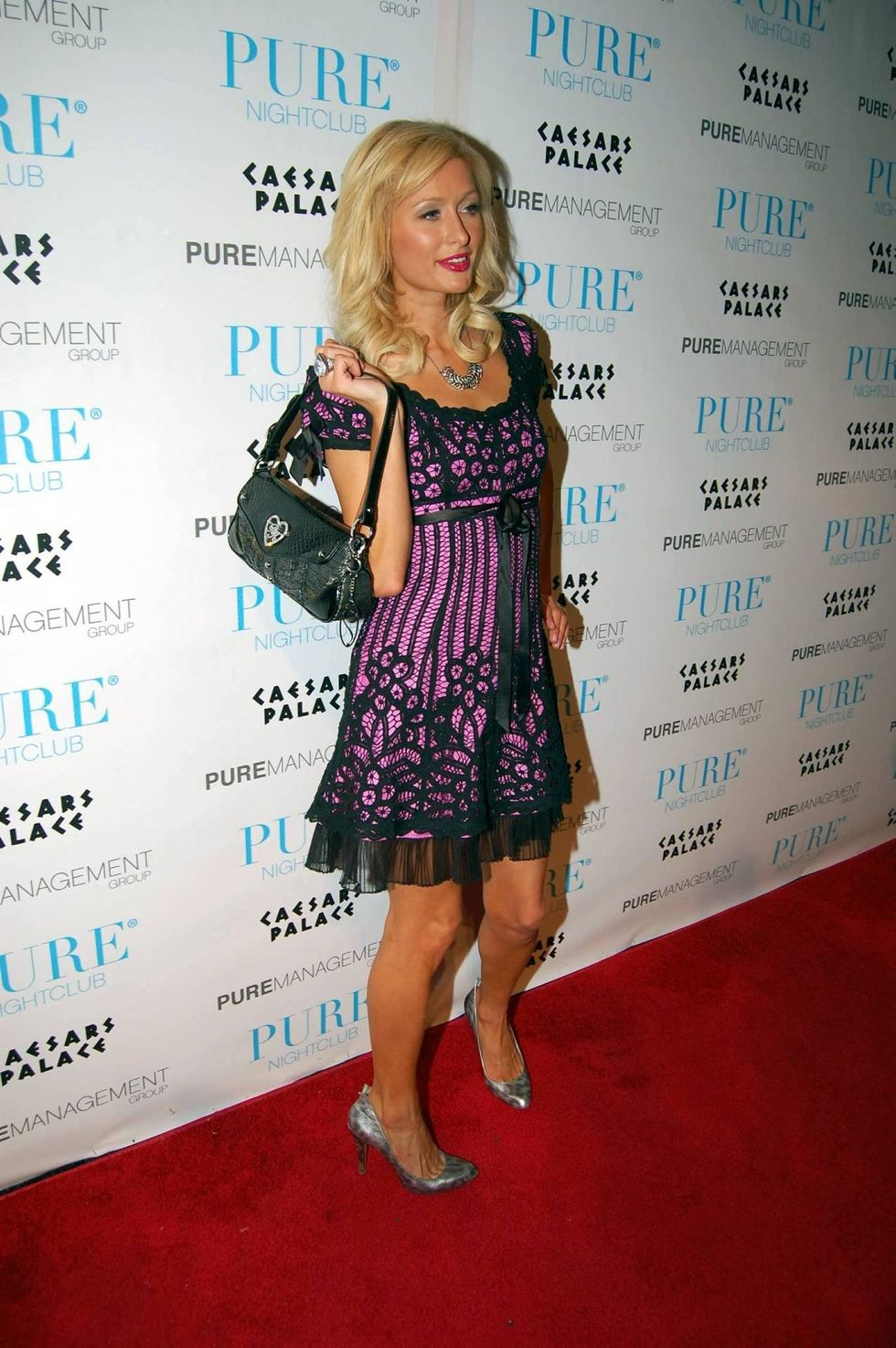 paris-hilton-and-nicky-hilton-nicky-hilton-25th-birthday-shindig-at-pure-nightclub-in-las-vegas-01