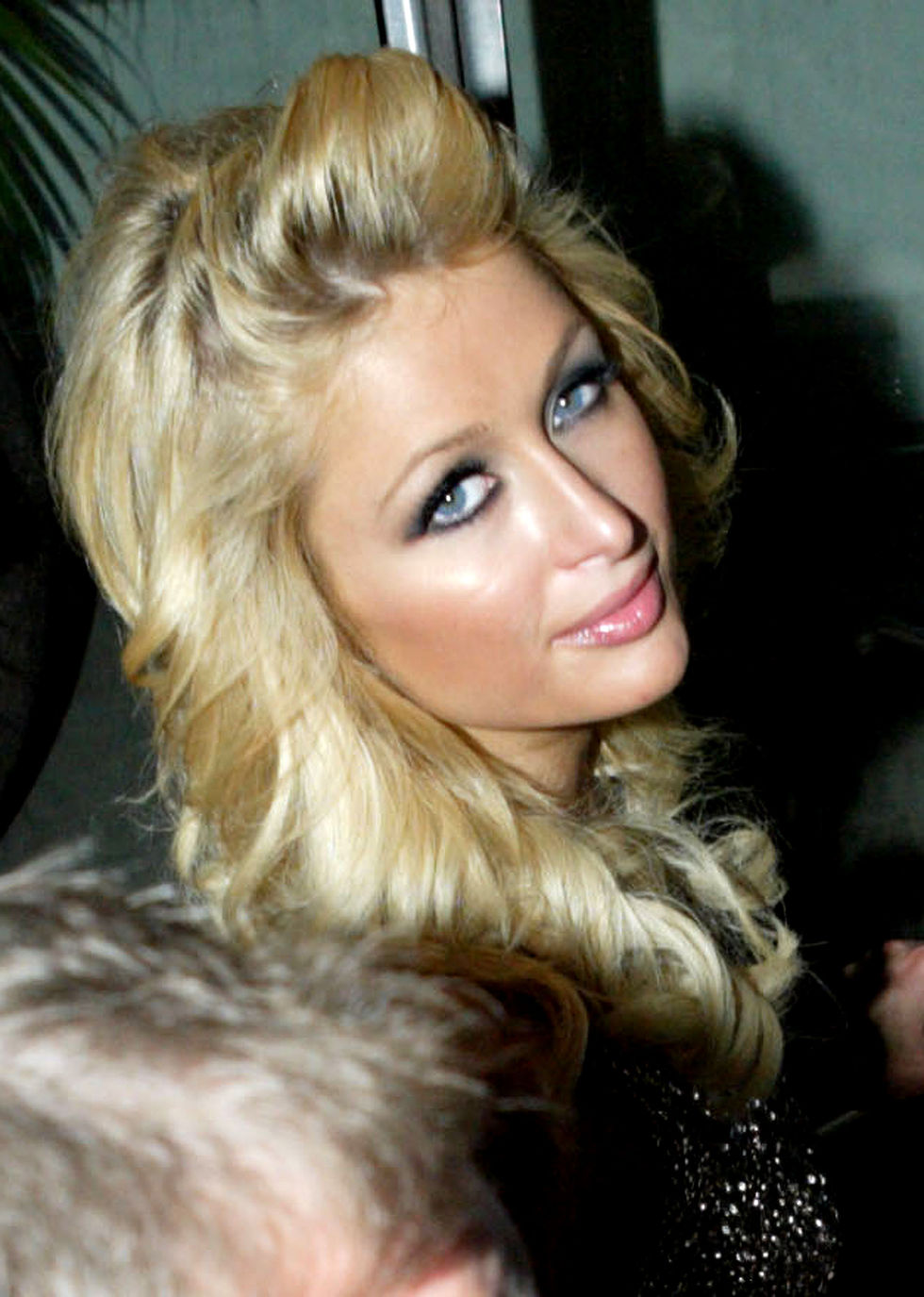 paris-hilton-the-bongo-virus-launch-party-in-sydney-01
