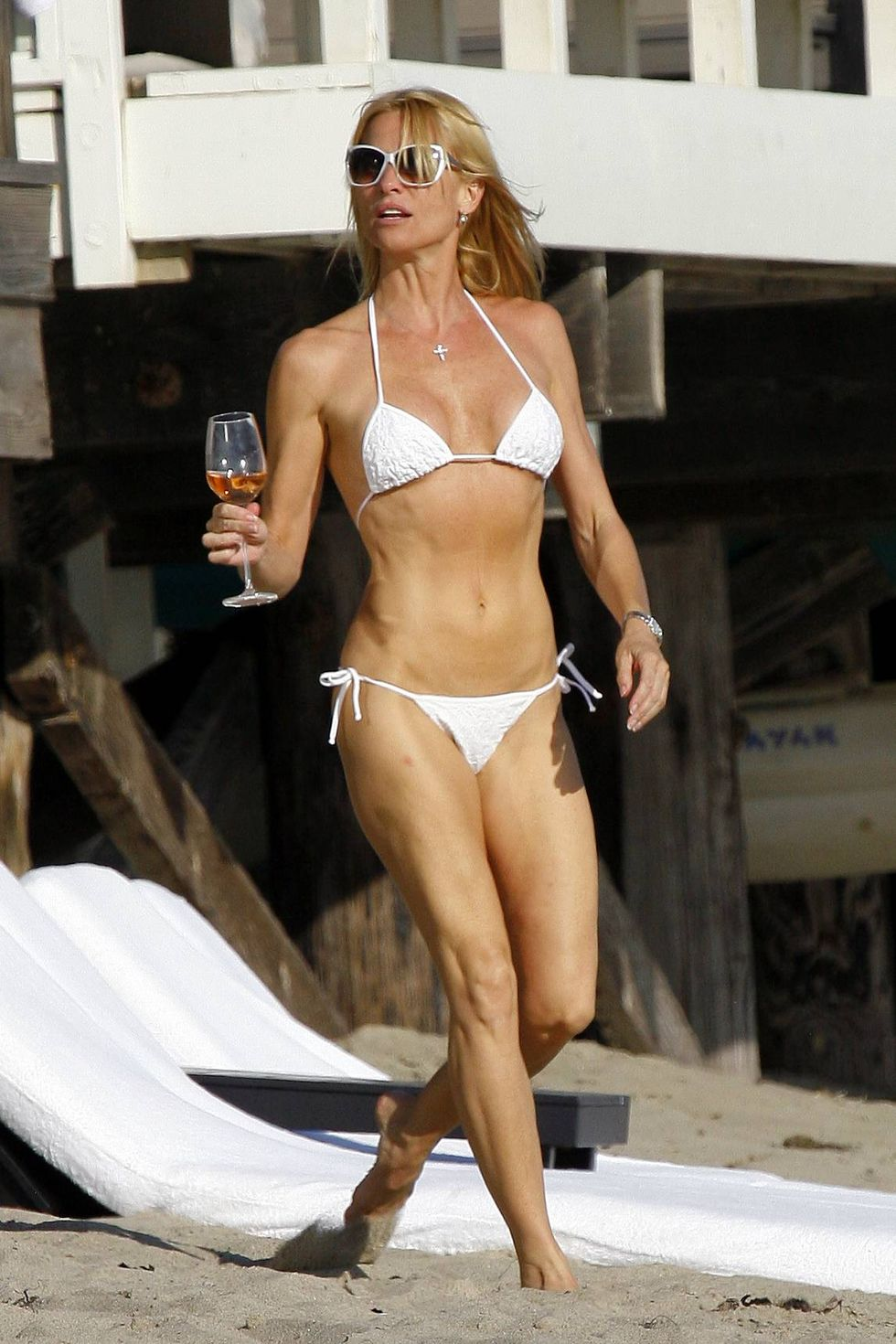 nicollette-sheridan-in-a-bikini-on-the-beach-in-malibu-03