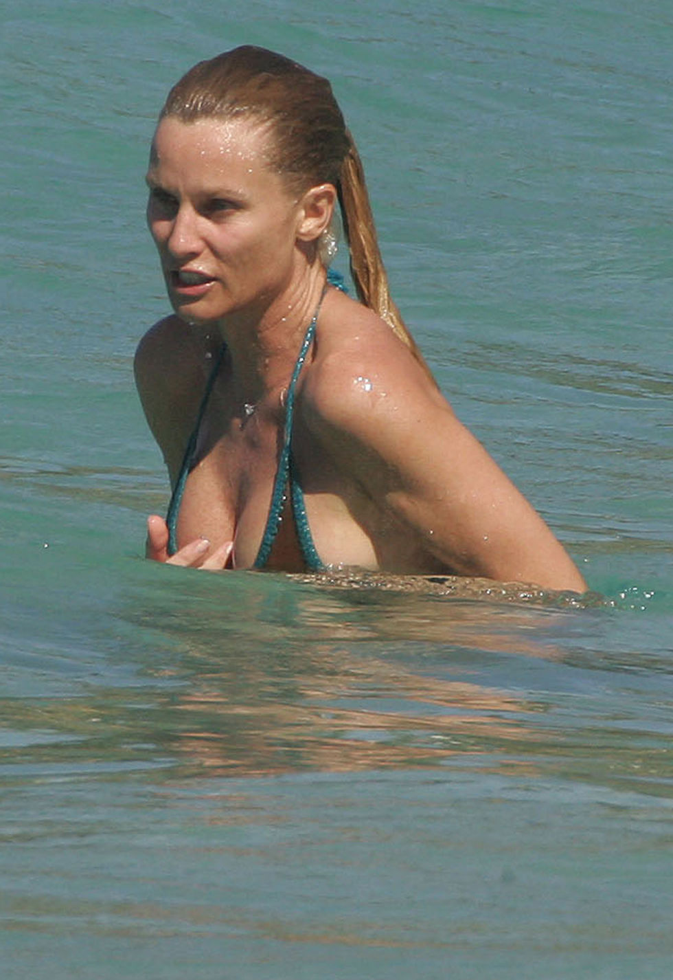 Selena gomez naked on the beach