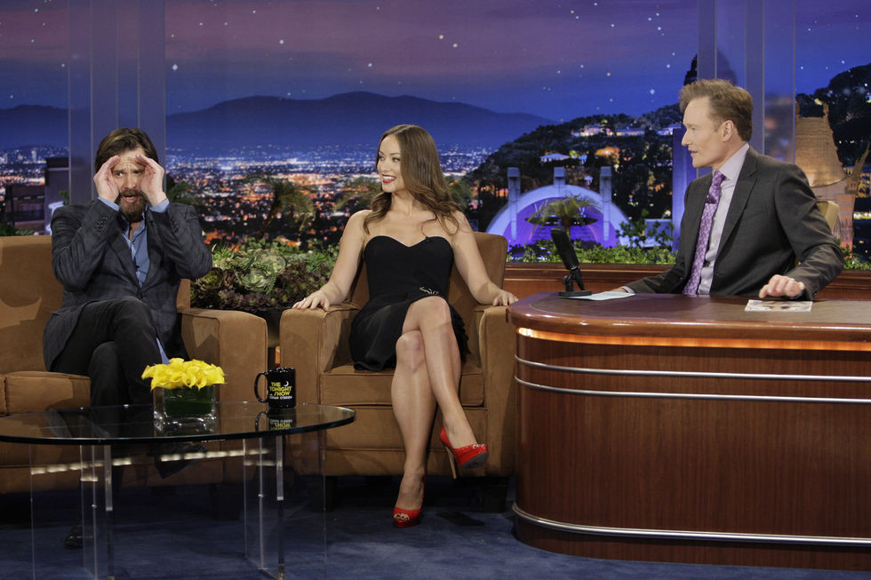 olivia-wilde-at-conan-obrien-show-in-los-angeles-01