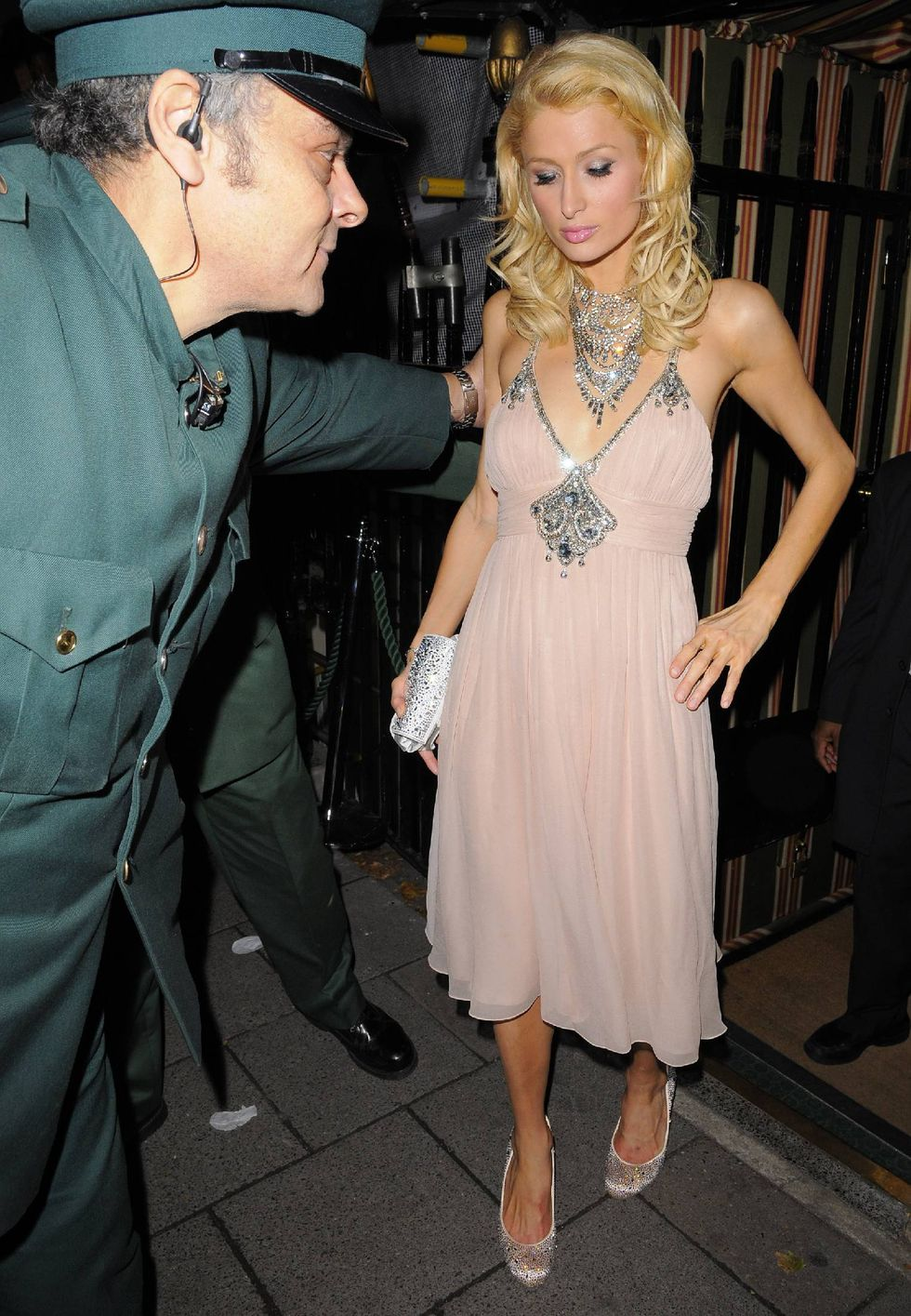paris-hilton-at-annabels-private-members-club-in-london-08