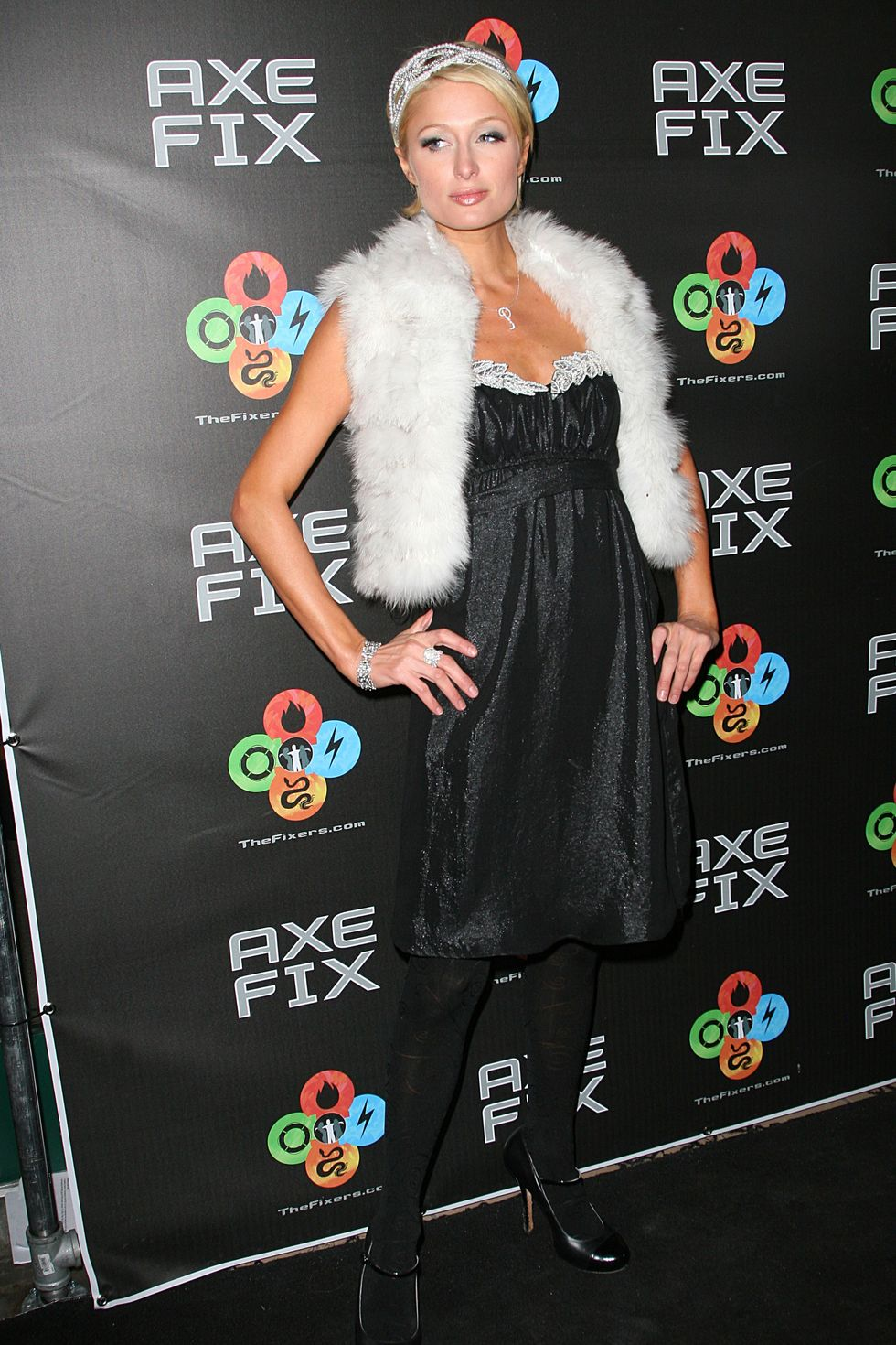 paris-hilton-axe-fix-club-opening-in-park-city-01