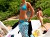 paris-hilton-bikini-candids-at-the-beach-in-hawaii-03