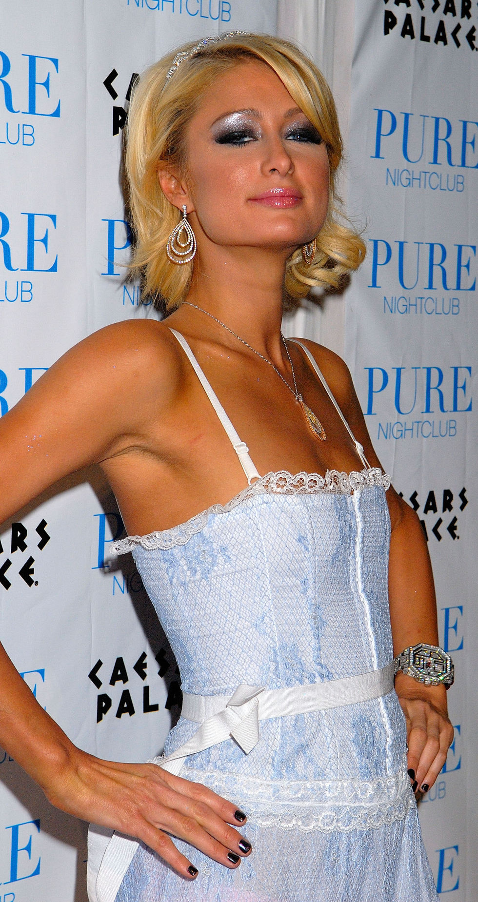 paris-hilton-celebrates-a-burlesque-birthday-at-pure-nightclub-in-las-vegas-01