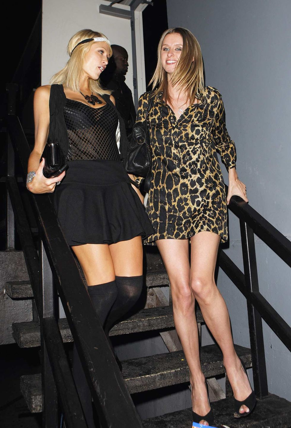 paris-hilton-cleavage-candids-at-my-place-in-los-angeles-01