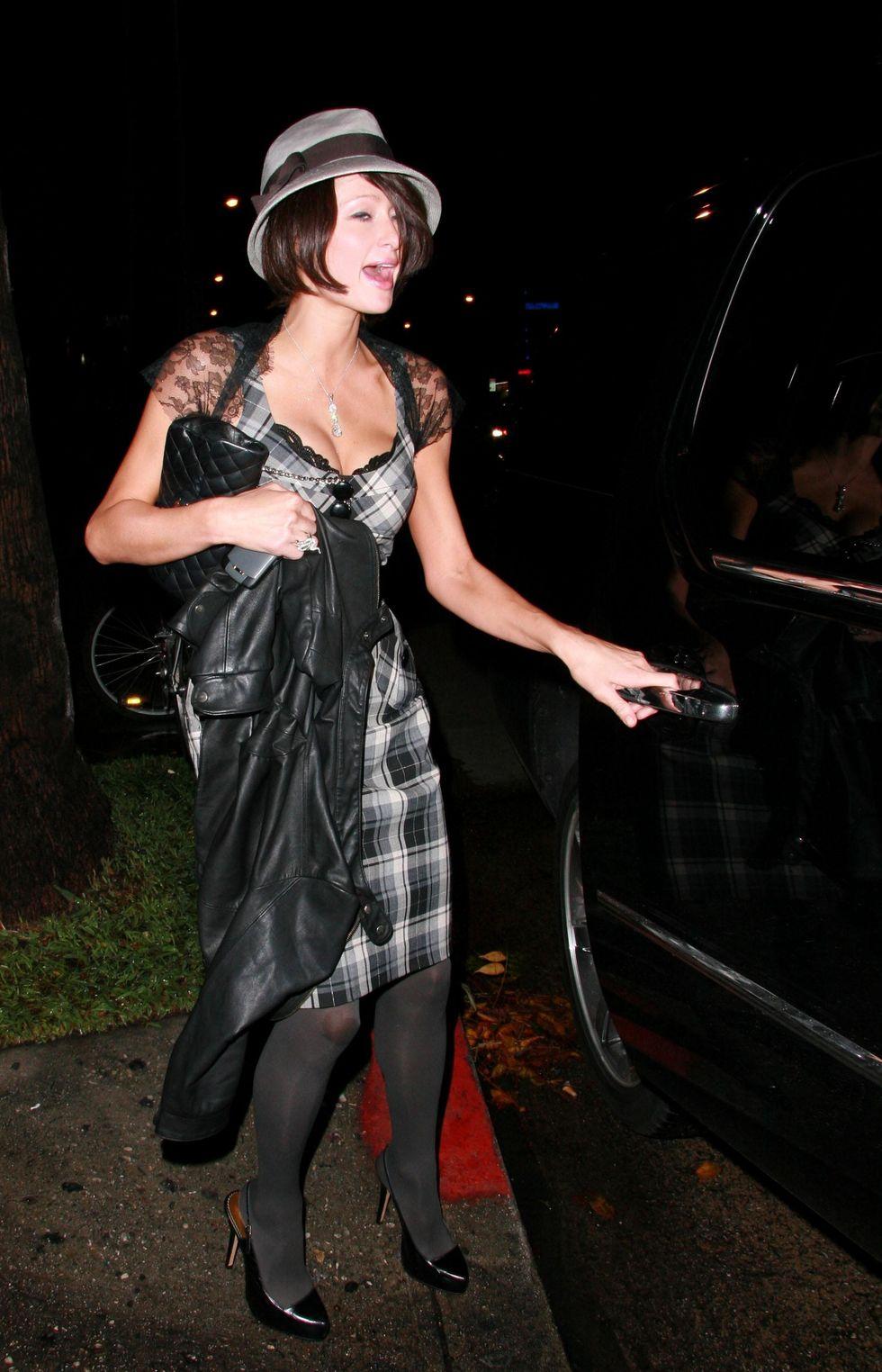 paris-hilton-cleavagy-candids-at-falcon-club-in-hollywood-07