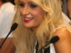 paris-hilton-coin-shop-opening-ceremony-in-budapest-09