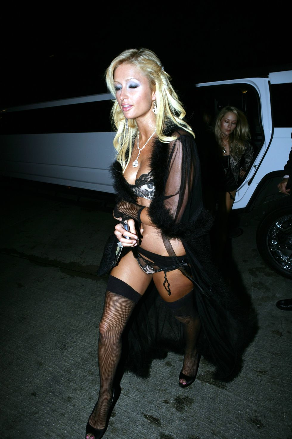 paris-hilton-hugh-hefners-80th-birthday-celebration-in-los-angeles-april-2006-01