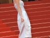 paris-hilton-inglourious-basterds-premiere-in-cannes-07