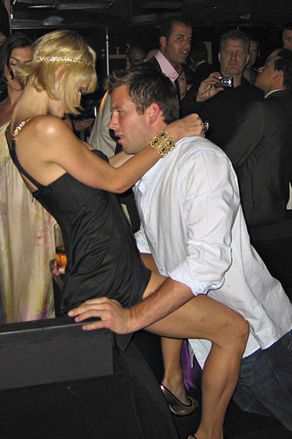 paris-hilton-lapdance-candids-at-a-party-in-cannes-lq-01