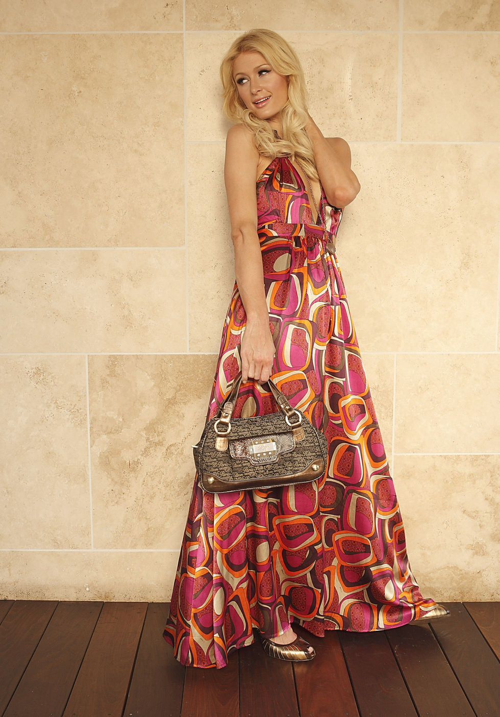 paris-hilton-portrait-session-at-thompson-beverly-hills-hotel-01