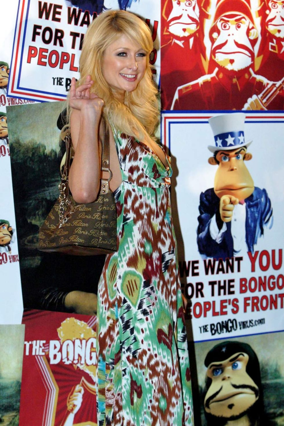 paris-hilton-the-bongo-virus-press-conference-in-sydney-01