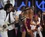 paulina-rubio-at-the-2009-billboard-latin-music-awards-03