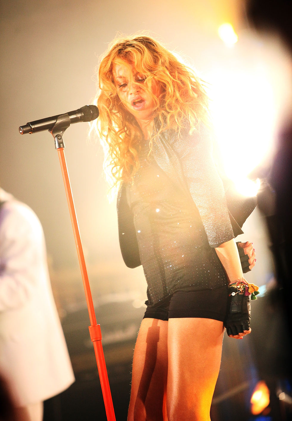 paulina-rubio-performs-at-gotham-hall-01