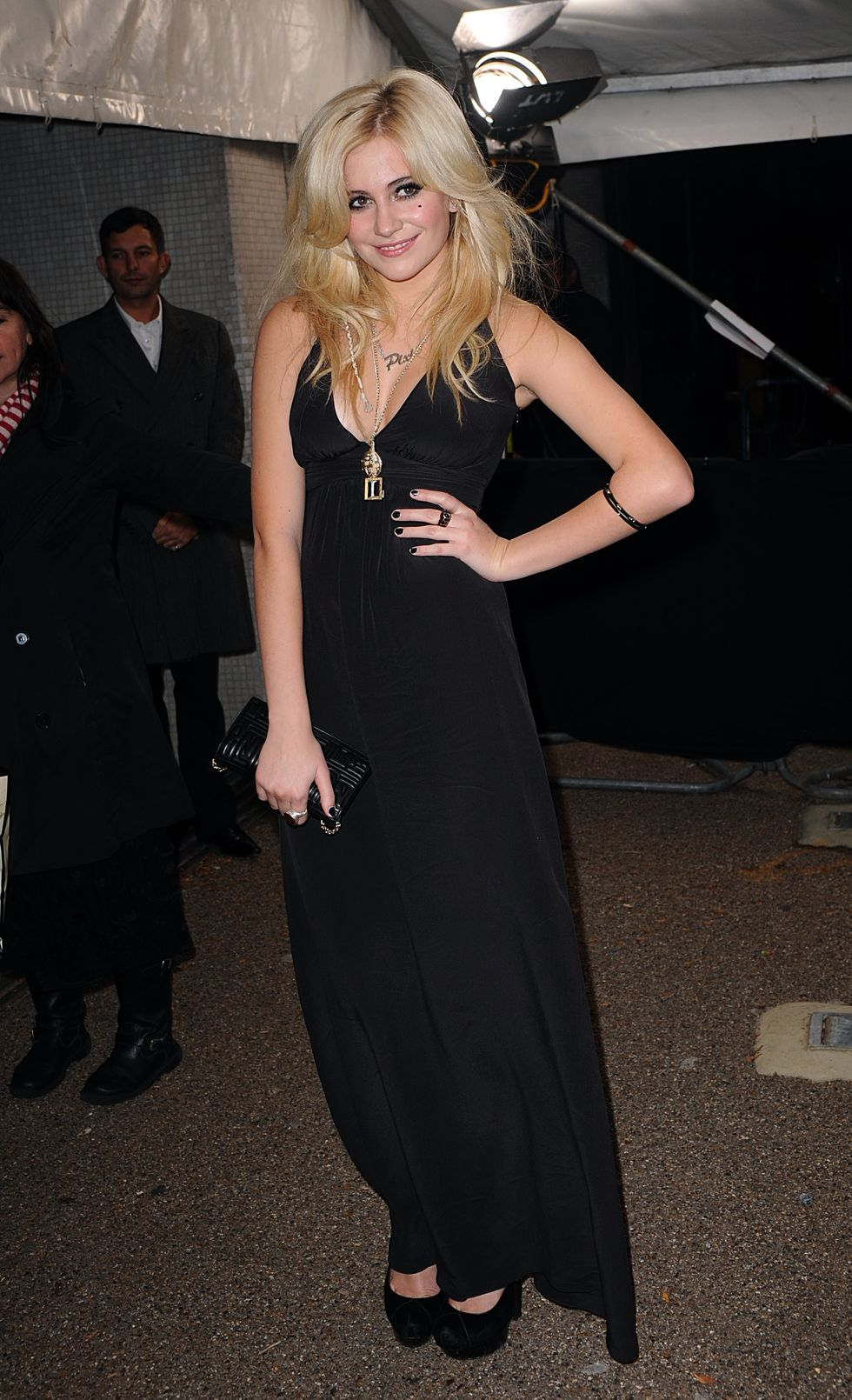 pixie-lott-british-comedy-awards-in-london-01