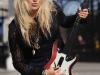 pixie-lott-guitar-hero-5-launch-photocall-in-london-10