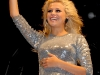 pixie-lott-performs-at-launch-of-the-blackpool-illuminations-03