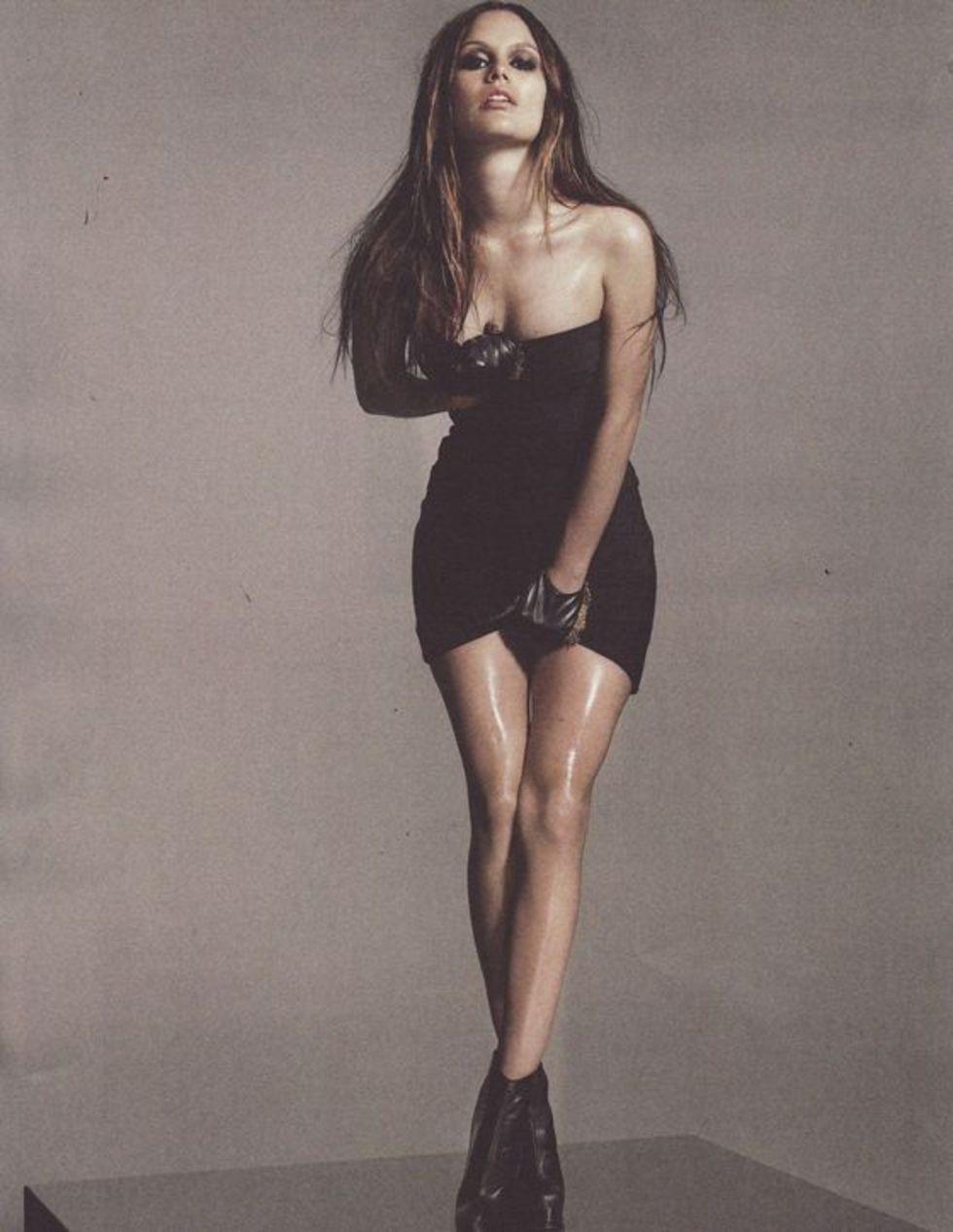 rachel-bilson-flaunt-magazine-november-2009-mq-01