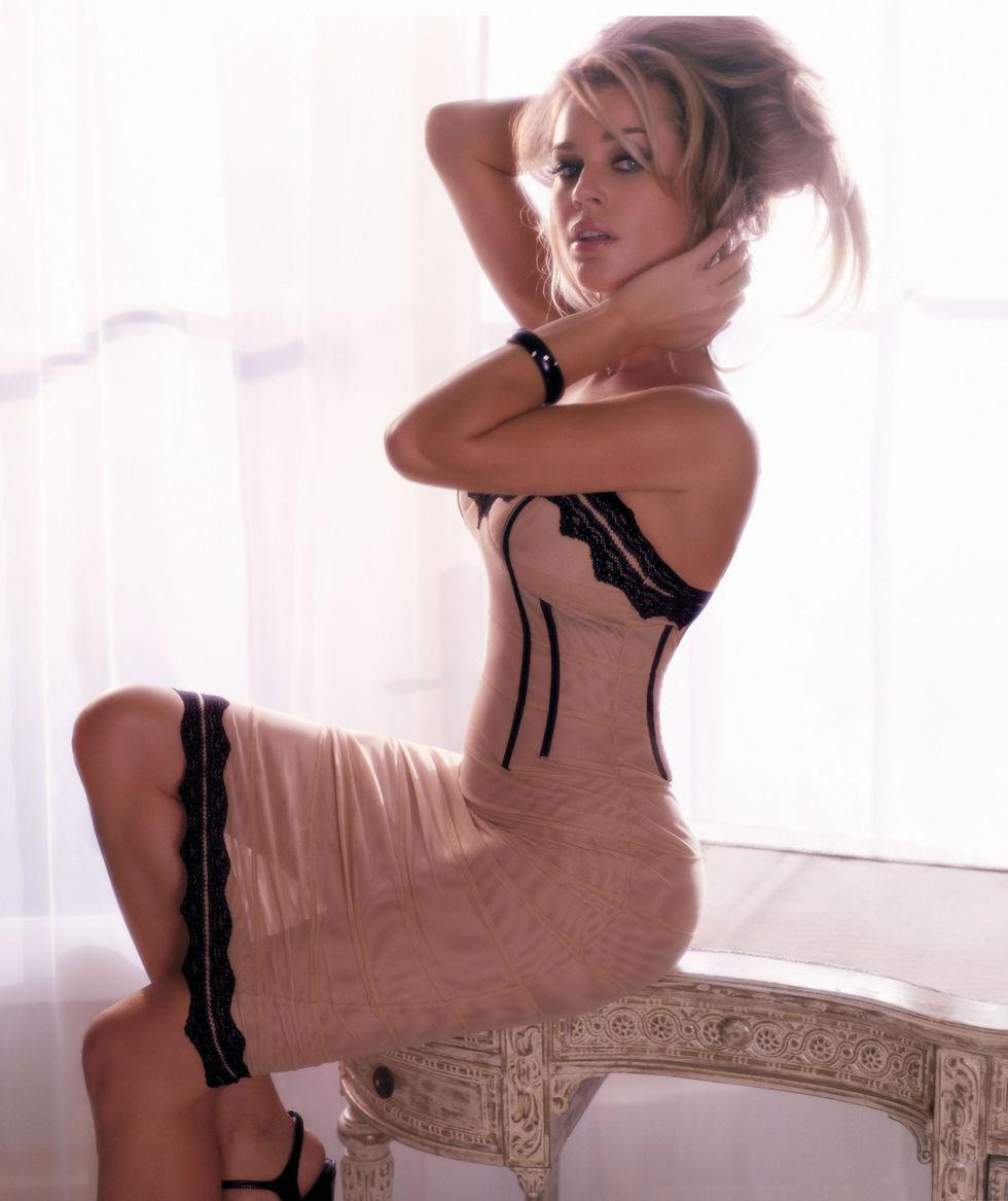 girls cumming in panties porn