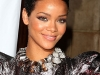 rihanna-3rd-annual-dkms-gala-in-new-york-15