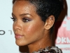 rihanna-3rd-annual-dkms-gala-in-new-york-17