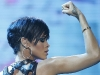 rihanna-at-a-concert-in-philippines-03