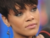 rihanna-at-mtvs-total-request-live-08