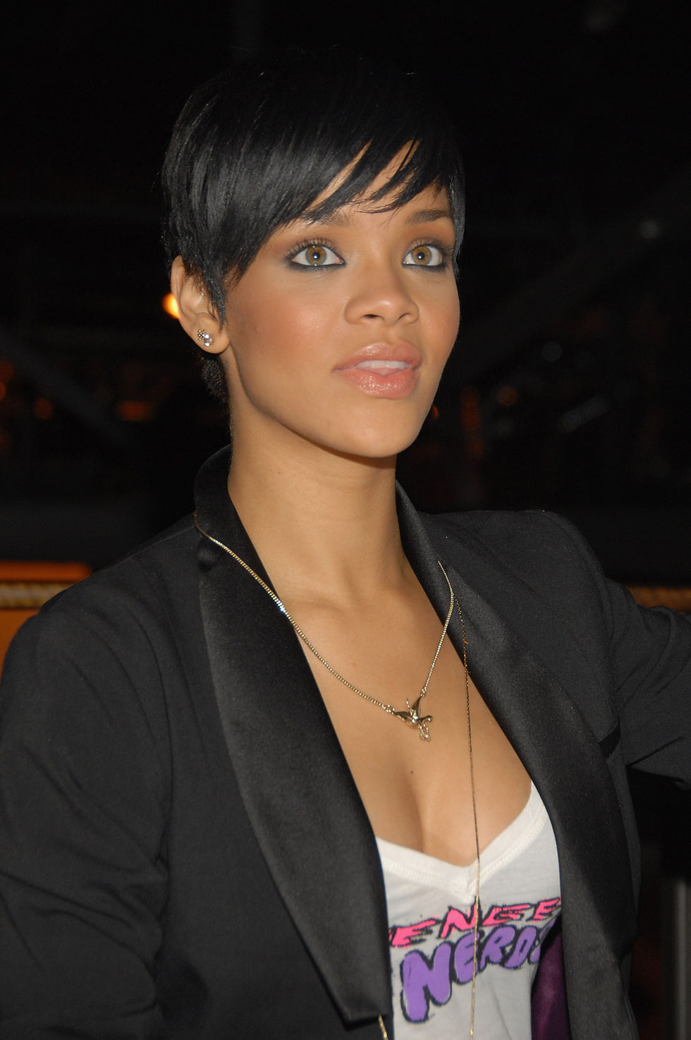 rihanna-believe-charity-event-in-new-york-03